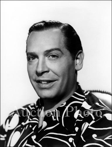 Milton Berle Wallpapers revinyl Milton Berle Photo Picture Image and Wallpaper Download